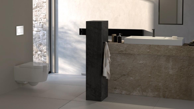 Salle de bains avec toilette de Geberit et déclenchement Geberit Sigma30