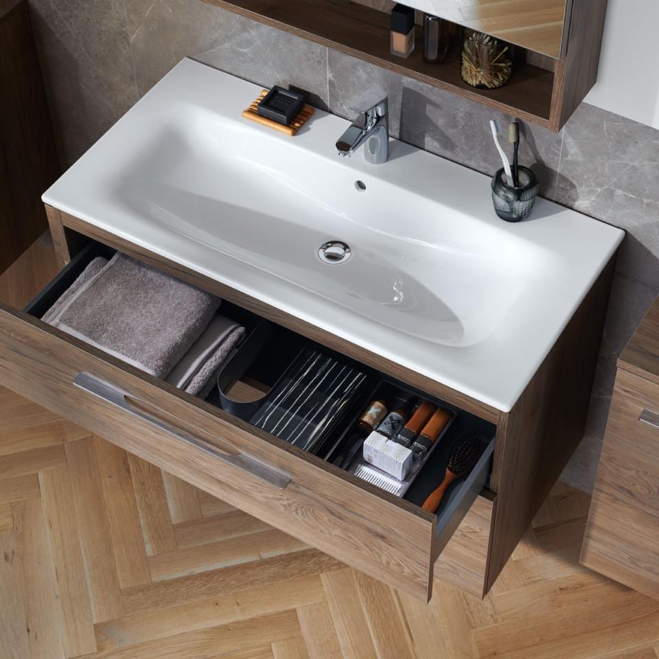Geberit Selnova washbasin with open cabinet