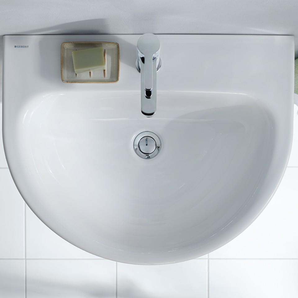 Geberit Renova Waschtisch und Badezimmermöbel