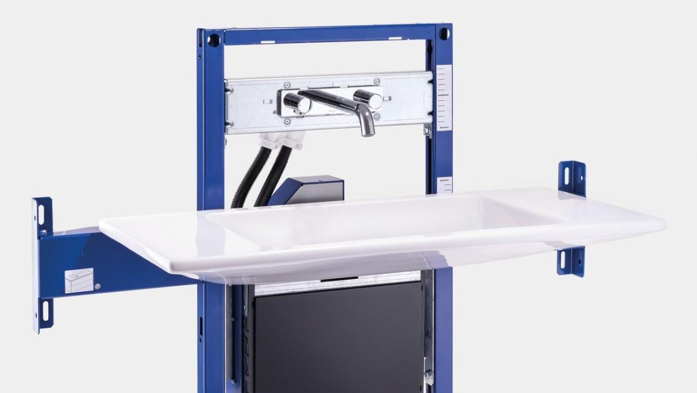 Installationselement für einfachen Einbau der Geberit ONE Wandarmatur und Keramik