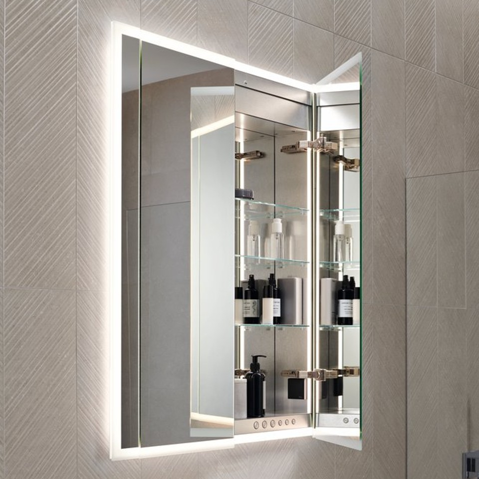 Interior design of the Geberit ONE mirror cabinet